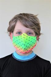 DĚTSKÁ ROUŠKA DESIGNOVÁ - Trojitá s kapsou na filtr s drátkem - NEON zelená s puntíkem